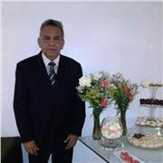 Armando E. Pérez
